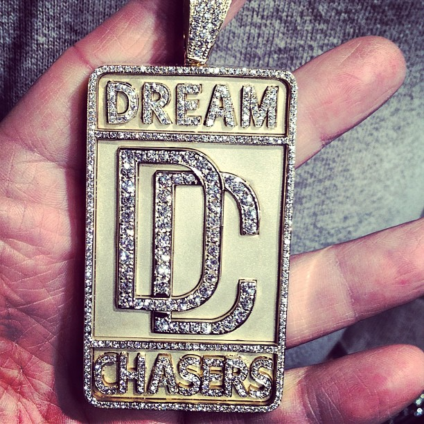 dreamchasers-piece-gold-diamonds