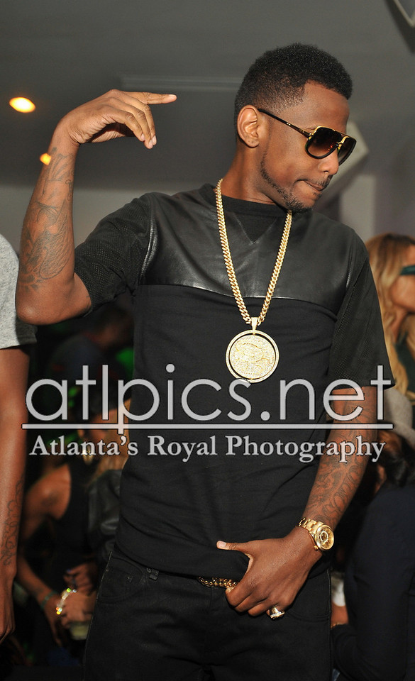fabolous-iced-out-cuban-link-chain-street-family-pendant
