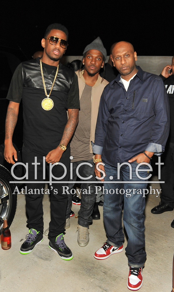 fabolous-iced-out-street-fam-pendant-air-jordan-3-joker-on-feet-pusha-t
