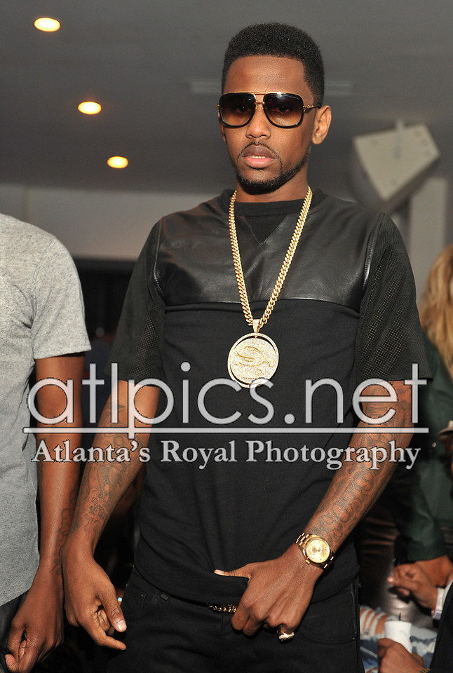 fabolous-iced-out-street-family-chain-sf-pendant-piece