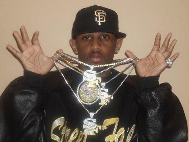 fabolous-street-family-sf-charm-pendant-chain-yellow-diamonds