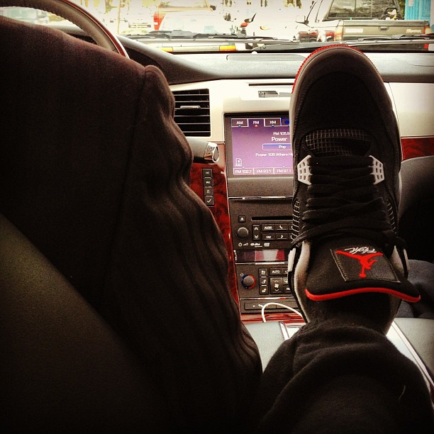 future-air-jordan-4-bred-on-feet
