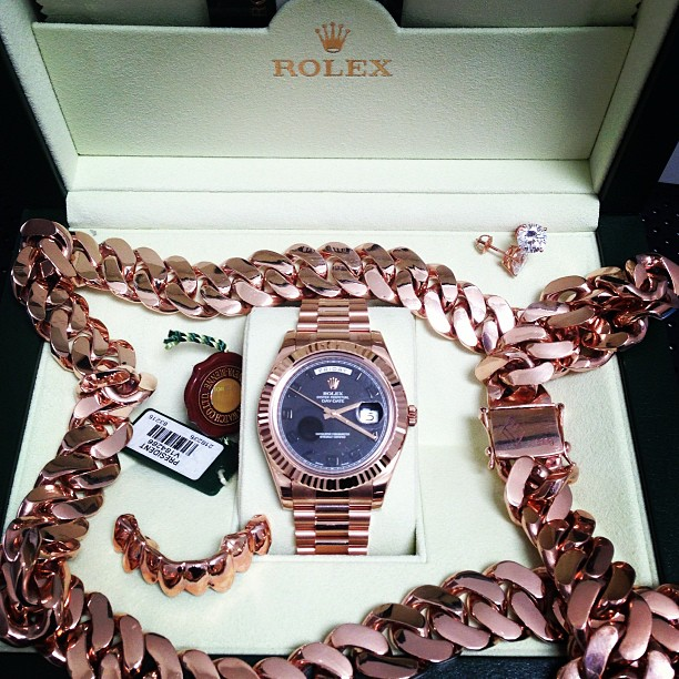 scaff-beezy-rose-gold-set-up-rolex-miami-cuban-grill