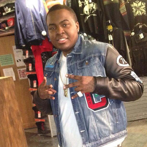 Gucci Link Chain >> T.I. & Sean Kingston Wearing Protocol Denim Candy Shop ...
