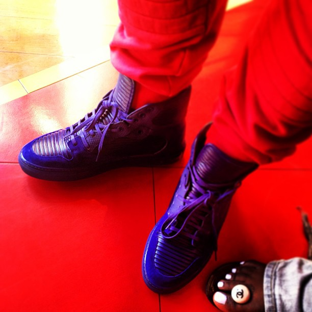 hollywood-p-balenciaga-monochromes-high-sneakers-violet