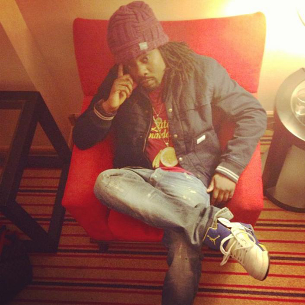 wale-wearing-jordan-5-laney-on-feet