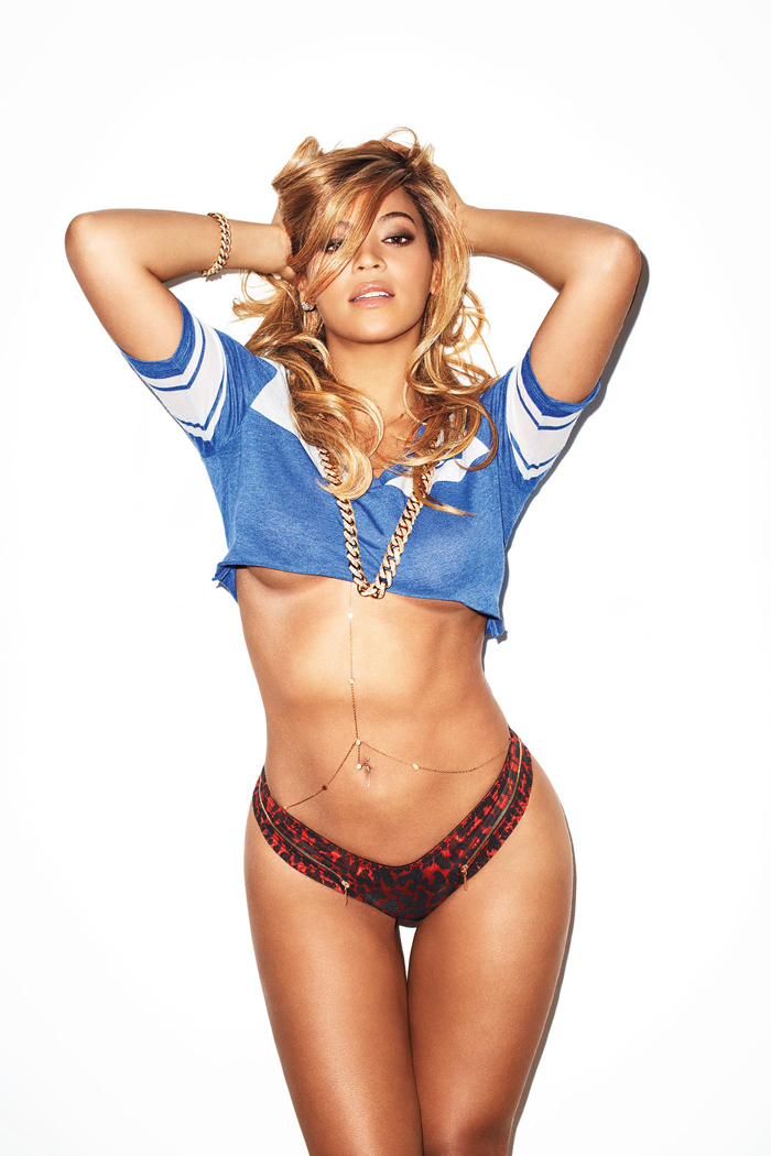beyonce-iced-out-gold-cuban-link-chain-and-bracelet