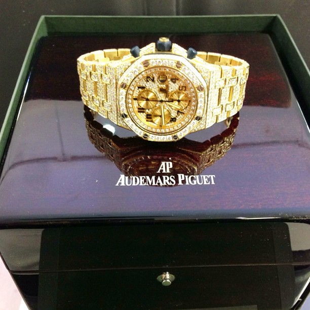 jim-jones-iced-out-audemars-piguet-royal-oak-offshore