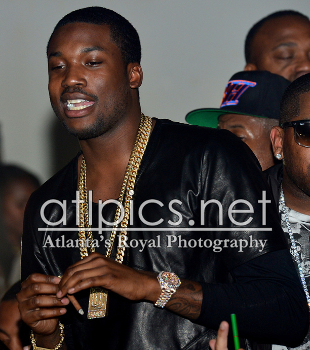 meek-mill-miami-cuban-link-chain-necklace-iced-out-rolex