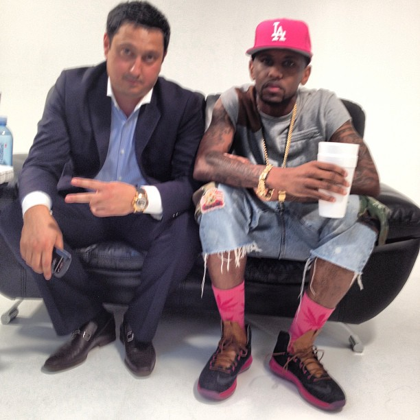 fabolous-nike-lebron-10-denim-on-feet