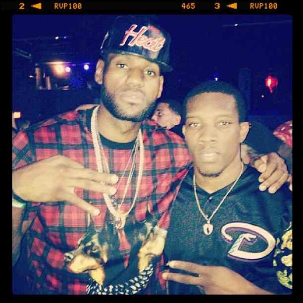 lebron-james-givenchy-twin-doberman-print-t-shirt