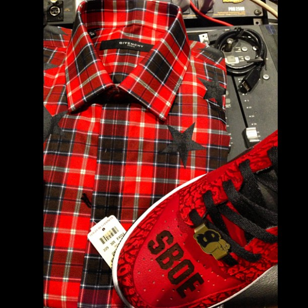 slowbucks-givenchy-star-and-plaid-shirt-sboe