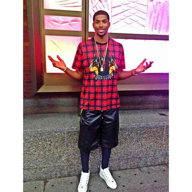 tristan-thompson-givenchy-twin-doberman-print-t-shirt