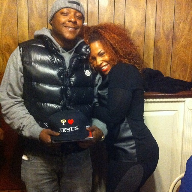 b25c550e3 Jadakiss wearing a Moncler Tib Puffer Vest in Black | Splashy Splash