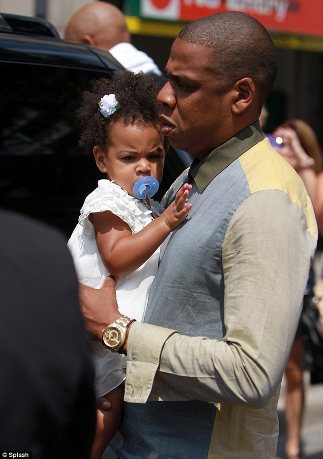 Jay-Z spotted wearing Yellow Gold Rolex Sky-Dweller Watch ...