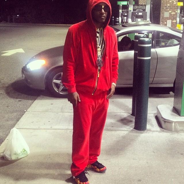 Cam Ron wearing Supreme x Nike Air Foamposite One On Feet  89b55a358556