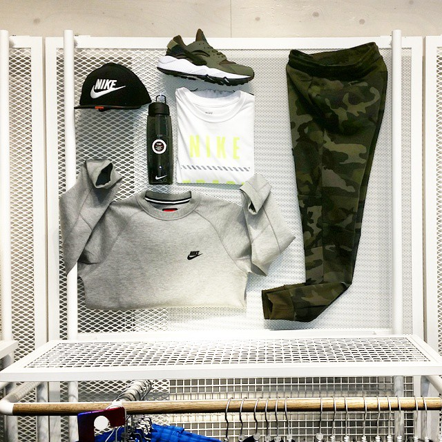 nike-camo-tech-fleece-pants