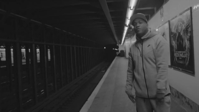styles-p-nike-tech-fleece-windrunner-hoodie-and-pants-heather-grey-tiger-stripes-the-lox-now-listen