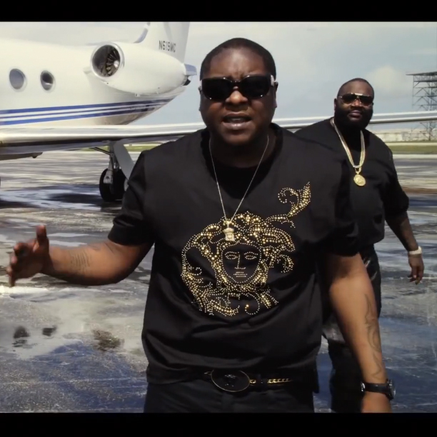 Jadakiss Versace Everything Splash In Oil Money Gang Video