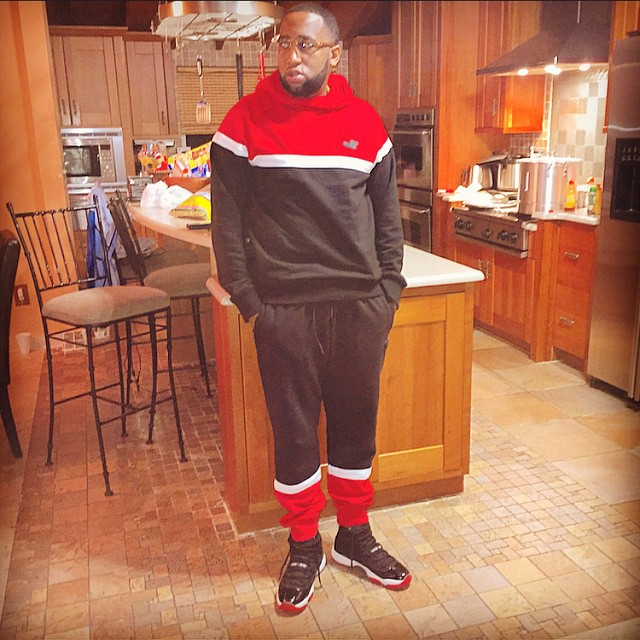 slow-slowbucks-red-and-black-swetsuit